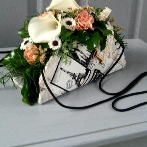Virág ridikül vállra akasztható
