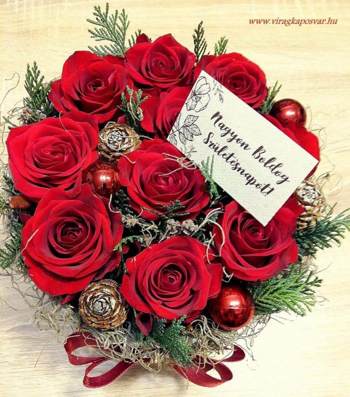 Téli virágdoboz bordó rózsával