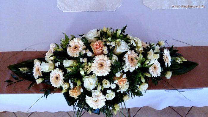 Esküvői virágcsomag